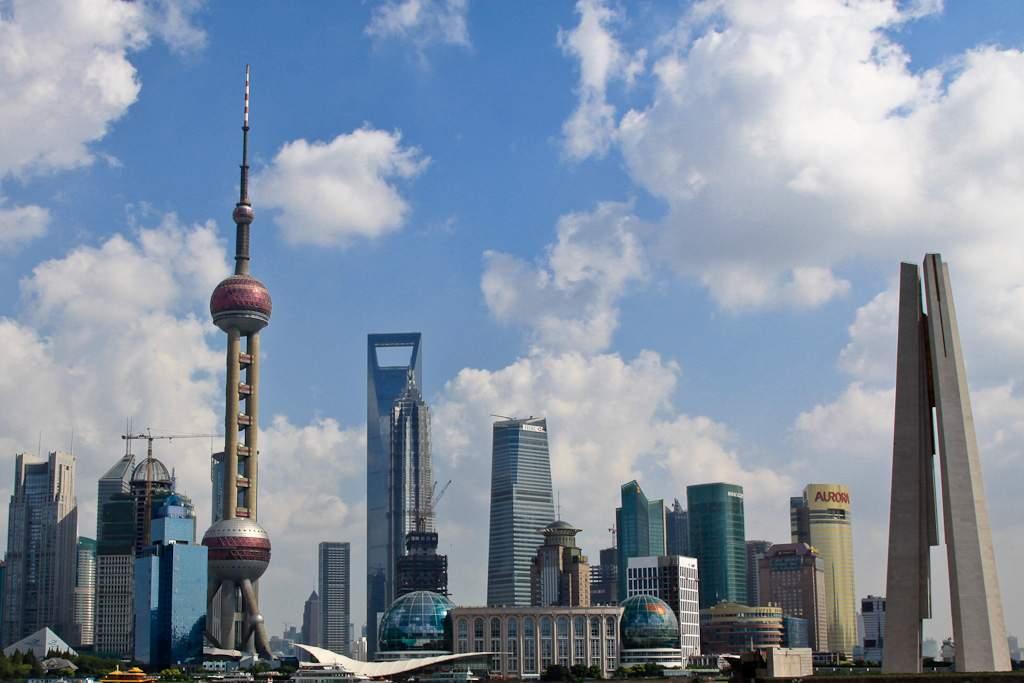 01 Silhouette Shanghai 2009, (c) Markus Holzhaeuser